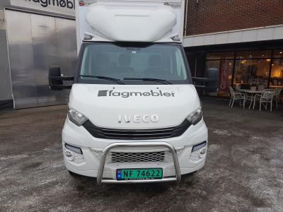 Fagmøbler in Iveco Daily front